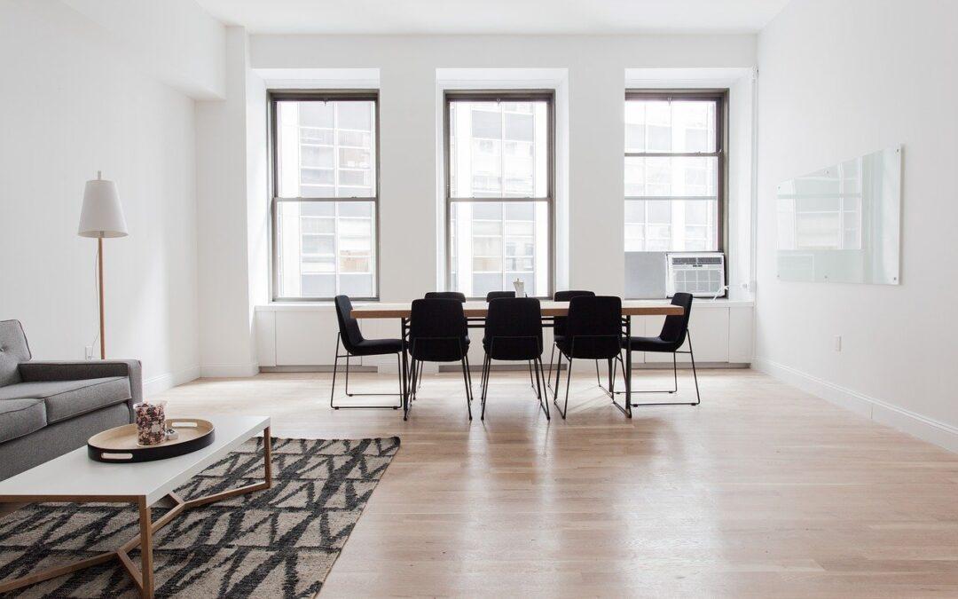 En minimalistisk indretning kan hjælpe med dit boligsalg